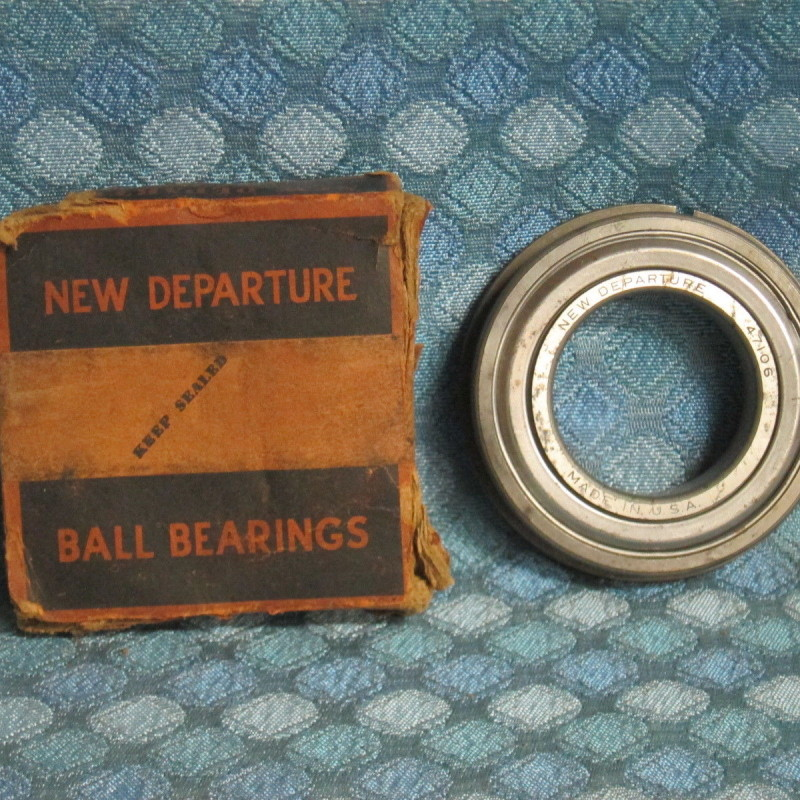 1938 39 Oldsmobile Auto Trans Rear Drive Shaft Bearing NOS New Departure