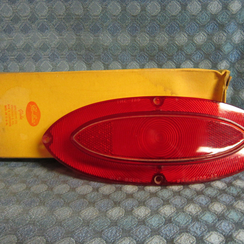 1962 Oldsmobile Super 88 & 98 NORS Tail Lamp Light Lens