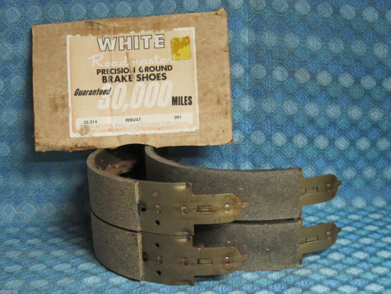 1974 Ford Mustang 71 72 73 Pinto NORS Rear Brake Shoes