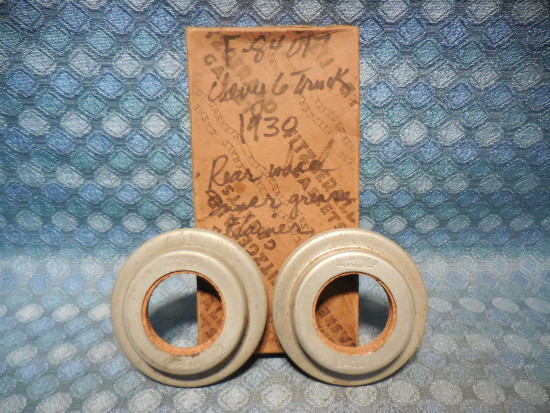 Early 1930 Chevrolet Truck 1-1/2 Ton NORS Pair of Inner Rear Wheel Seals #358045