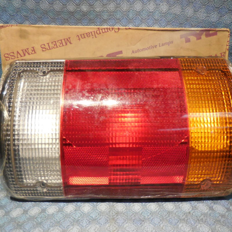 1995-2003 Ford Econoline 2000-03 Excursion New Tail Light Lens 01 02 #11-5008-01